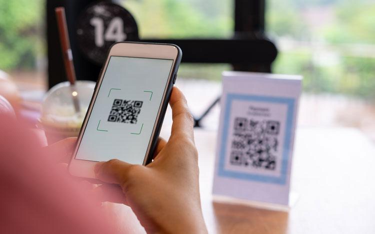 Jak se digitální technologie změnila v restauracích (a co potřebujete vědět)